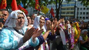 Kurdische Anhänger des HDP-Kandidaten Selahattin Demirtaş vor der türkischen Präsidentschaftswahl; Foto: dpa