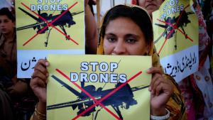 Proteste gegen US-Drohnen in Pakistan; Foto: picture-alliance/AP