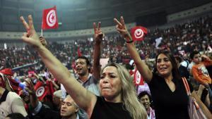 Anhängerinnen von Nidaa Tounes während einer Wahlveranstaltung in Tunis; Foto: picture-alliance/dpapicture-alliance/dpa
