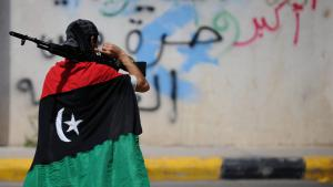 Libyscher Kämpfer in Tripolis; Foto: picture-alliance