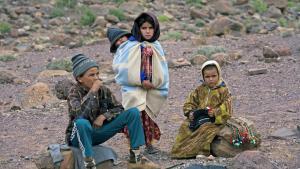 Verarmte Kinder in Souss-Massa-Daraâ, Djebel Sarhro, Antiatlas; Foto: picture-alliance/blickwinkel/H. J. Igelmund