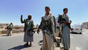 Huthi-Rebellen an einem Checkpoint; Foto: Reuters/K. Abdullah