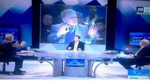 Ausschnitt zeigt Abdallah Laroui (m.) während einer TV-Show im zweiten marokkanischen Kanal
