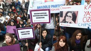 Proteste in Ankara nach Mord an der Studentin Özgecan Aslan; Foto: Adem Altan/AFP/Getty Images