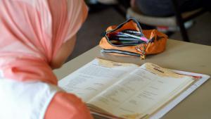 Symbolbild Bildung Migranten Schule; Foto: picture-alliance/Joker