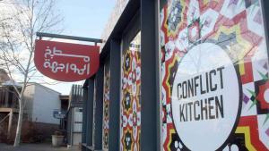 """""""Conflict Kitchen"""" in Pittsburgh - gelebte kulinarische Völkerverständigung; Foto: dpa"""
