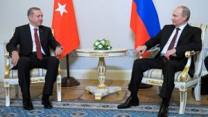 Recep Tayyip Erdoğan am 22. November 2013 auf Staatsbesuch in St. Petersburg bei Wladimir Putin; Foto: Reuters