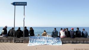 Flüchtlinge an der italienisch-französischen Grenze bei Ventimiglia; Foto: AFP/Getty Images