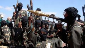 Al-Shabaab-Kämpfer in Somalia; Foto: picture-alliance/AP Photo/F.-A.Warsameh