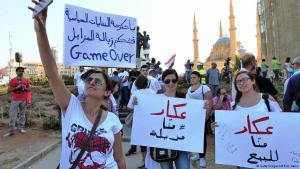 Demonstranten in Beirut demonstrieren gegen die Müllkrise und die herrschende Politik im Land; Foto: Getty Images/AFP