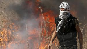 Palästinensischer Demonstrant in Gaza; Foto: Reuters/M. Salem