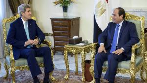 US-Außenminister John Kerry bei Ägyptens Präsident Abdel Fattah al-Sisi in Kairo; Foto: Reuters/B. Smialowski