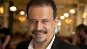 Der französische Schriftsteller Karim Miské; Foto: Antoine Rozès