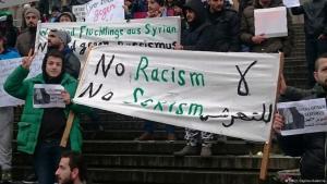 Syrische Flüchtlinge demonstrieren gegen Sexismus in Köln. Foto: DW