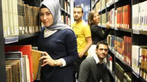 Studierende und Stipendiaten des Studienwerks Avicenna; Foto: Vincenzo Ferrera
