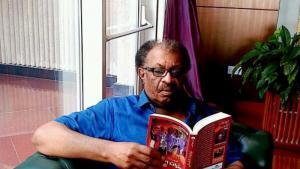 Der sudanesische Schriftsteller Amir Tag Elsir; Quelle: Twitter