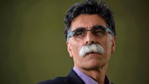 Der iranische Schriftsteller Kader Abdolah; Foto: picture-alliance/photoshot