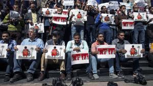 Ägyptische Journalisten und Fotografen protestieren gegen die Unterdrückung der Meinungsfreiheit; Foto: AFP/Getty Images