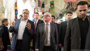 Bundesaußenminister Steinmeier besucht den Basar in Teheran; Foto: Bernd von Jutrczenka/dpa