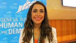 Die iranische Menschenrechtsaktivistin Darya Safai; Foto: DW/E. Felden