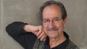 Rafik Schami, 1946 in Syrien geboren und seit 1971 in Deutschland lebend, ist einer der erfolgreichsten deutschsprachigen Autoren
