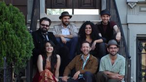 "Mitglieder des Musikprojekts ""Sandaraa""; Foto: Sandaraa"