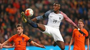 Paul Pogba: An ihm führt im Team des Gastgebers Frankreich kein Weg vorbei: Zwar ist Paul Pogba mit 23 Jahren noch recht jung, dennoch gibt er nicht nur in der Equipe tricolore den Takt vor, sondern gehört auch bei seinem Club Juventus Turin zu den Superstars. Die muslimischen Spieler in der französischen Fußball-Nationalmannschaft, zu denen unter anderem Paul Pogba, N'Golo Kanté und Bacary Sagna gehören, haben beschlossen, dass sie die Regeln des Ramadan bei der EM-Endrunde nicht befolgen werden.