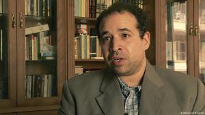 Amr Adly ist wissenschaftlicher Mitarbeiter am Carnegie Middle East Center in Beirut; Foto: DW