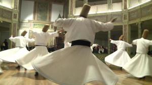 Tanzende Derwische; Foto: Deutsche Welle