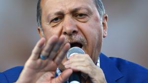 Der türkische Präsident Recep Tayyip Erdoğan während einer Rede vor Anhängern in Gaziantep am 28. August 2016; Foto: picture-alliance/dpa/S. Suna
