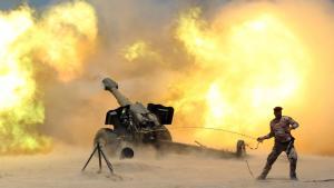 Artillerie der irakischen Arme vor Falludscha im Mai 2016; Foto: Reuters/A. Al-Marjani