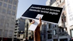 Demonstration gegen Medienzensur in der Türkei; Foto: picture-alliance/dpa/S. Suna