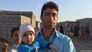 Niemals zuhause in der neuen Heimat? Viele afghanische Flüchtlinge, wie dieser Mann im Flüchtlingslager Bardsir Chamran in der Provinz Kerman, leben schon seit Generationen im Iran. Doch der Zugang zur iranischen Staatsbürgerschaft bleibt ihnen verwehrt.