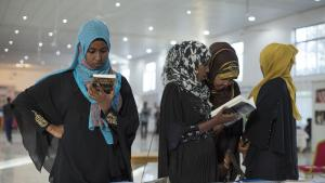 Besucher auf der diesjährigen Hargeisa Buchmesse in Somaliland; Foto: Kate Stanworth