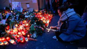Trauer für die Opfer des Anschlags auf den Berliner Weihnachtsmarkt am Breitscheidplatz; Foto: Reuters