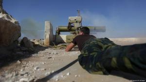Syrische Rebellen in einem Vorort von Aleppo; Foto: Reuters