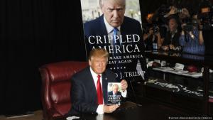 Donald Trump während einer Buchpräsentation in New York; Foto: picture alliance/dpa/Geisler-Fotopress