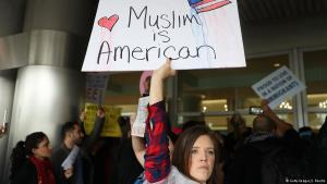Proteste gegen Trumps Einreiseverbote für Muslime am Miami International Airport; Foto: Getty Images