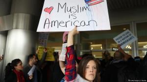 Proteste gegen Trumps Einreiseverbote für Muslime am Miami International Airport; Foto: Getty Images