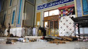 Der Schrein von Lal Shahbaz Qalandar im pakistanischen Sehwan nach dem IS-Selbstmordanschlag am 16.2.2017; Foto: AFP/Getty Images