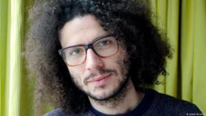Der syrische Autor Ramy al-Asheq; Foto: Juliette Moarbes