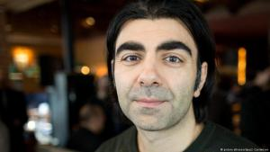 Der deutsch-türkische Regisseur Fatih Akin; Foto: picture-alliance/dpa/J. Carstensen