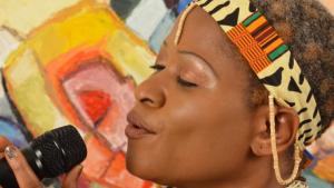 Die kanadisch-nigerianische Sängerin und Songwriterin Sonia Aimy. Foto: soniaaimy.com