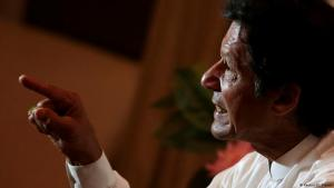 Oppositionspolitiker Imran Khan in seinem Anwesen in Bani Gala. Foto: Reuters/Caren Firouz
