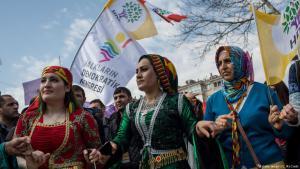 Kurden feiern Newroz Fest in Istanbul. Foto: Chris McGrath/Getty Images