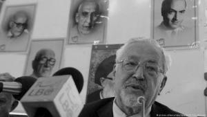 Ebrahim Yazdi während einer Pressekonferenz am 6. Juni 2005 in Teheran; Foto: dpa/picture-alliance