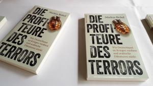 """Buchcover """"Die Profiteure des Terrors. Wie Deutschland an Kriegen verdient und arabische Diktaturen stärkt"""" von Markus Bickel im Westend Verlag"""