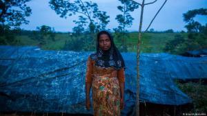 Zu wenig Essen, zu wenig Zelte - und nun auch noch Starkregen. Hunderttausende Rohingya leben in improvisierten Unterkünften in Bangladesch. Sie sind aus dem Nachbarland Myanmar geflohen, wo das Militär die Volksgruppe bedroht.