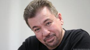 Der irakisch-kurdische Autor Bachtyar Ali; Foto: picture-alliance/dpa/Unionsverlag
