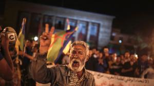 Proteste in der nordmarokkanischen Stadt Al-Hoceima gegen Korruption und soziale  Misere; Foto: Mosa'ab Elshamy/AP/dpa